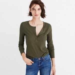 Madewell Sound Ribbed Henley Tee in Green Medium